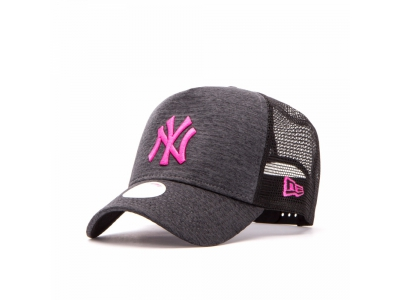 9FORTY A-FRAME TRUCKER MLB JERSEY ESSENTIAL NEW YORK YANKEES