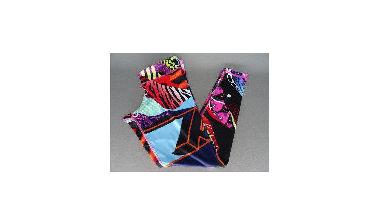 20e5b3eb084 Dámské barevné legíny Reebok Y GRAFFITI TIGHT POIPNK
